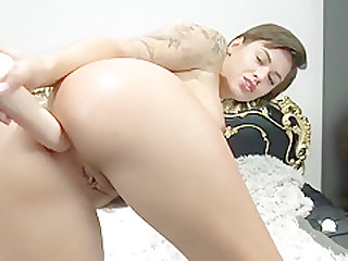 Teen With Perfect Natural Ass Fucked By Dragon In Ass - Vic Alouqua